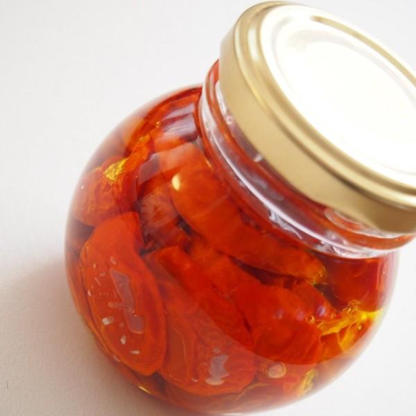 自家製セミドライトマトのオイル漬け